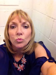 Best pout in a loo